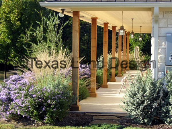 Landscaping texas land design for Country landscaping ideas